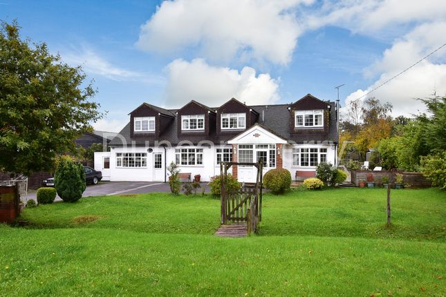 Thumbnail Detached house for sale in Bulls Lane, Brookmans Park, Herts