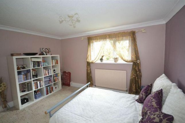 Thumbnail Flat to rent in Wootton Road, St. Annes Park, Bristol