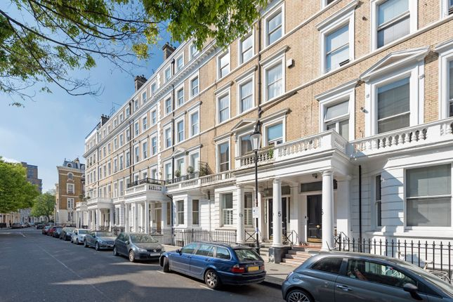 2 bed duplex to rent in Southwell Gardens, South Kensington, London