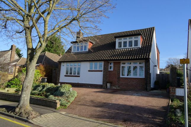 4 bed detached house to rent in Glentrammon Avenue, Orpington BR6
