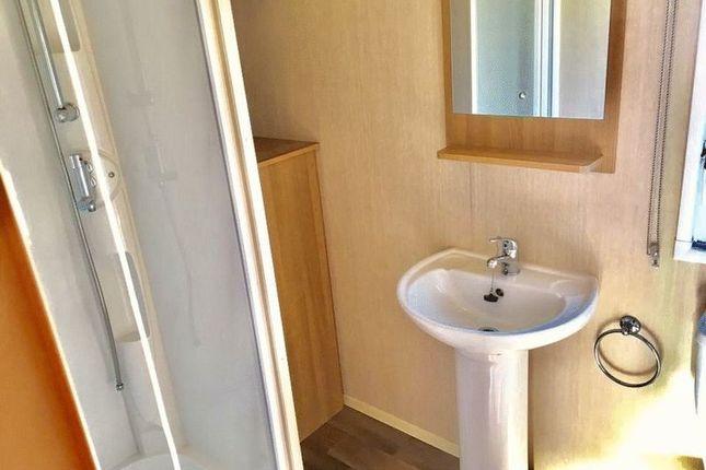 Shower Room of Hafan Y Mor, Pwllheli LL53