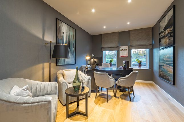 Terraced house for sale in Southdown Road, Harpenden