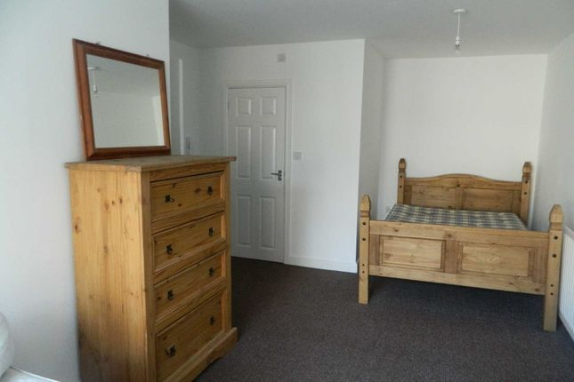 Thumbnail Room to rent in High Street, Lincoln