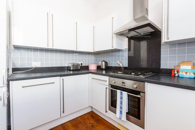 Thumbnail Flat to rent in Kilburn High Street, London