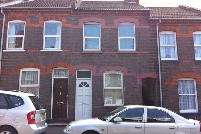 Thumbnail Terraced house to rent in Hartley Road, Luton
