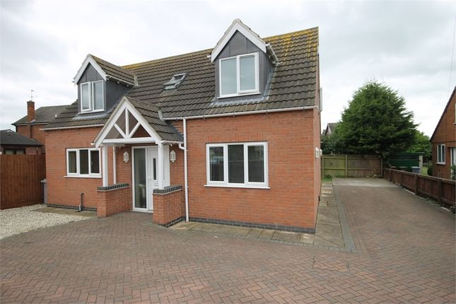 Thumbnail Detached house for sale in Riverside Road, Newark, Nottinghamshire.