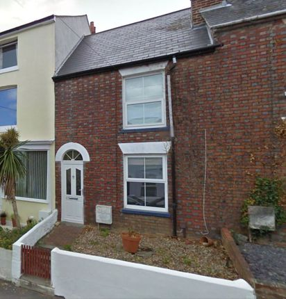 Thumbnail Terraced house to rent in Fellows Road, Cowes