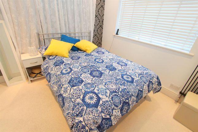 Bed 1 of Rookwood Avenue, Wallington SM6