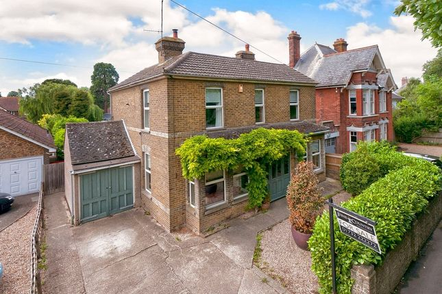 Thumbnail Link-detached house for sale in Brogdale Road, Faversham