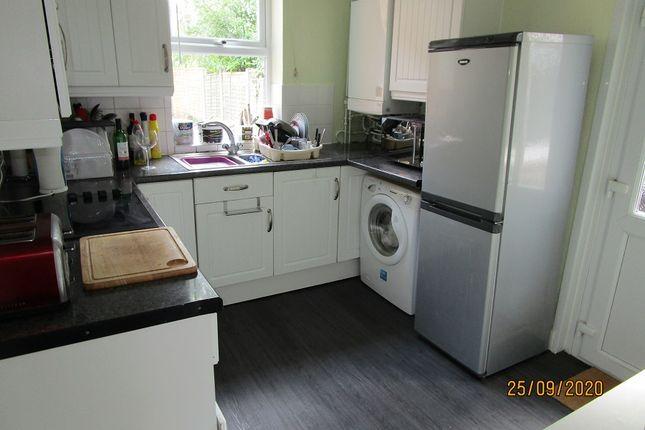 Shared Kitchen of Cobden Street, Derby DE22