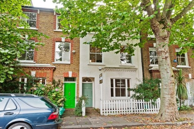 Thumbnail Property to rent in Paxton Road, London