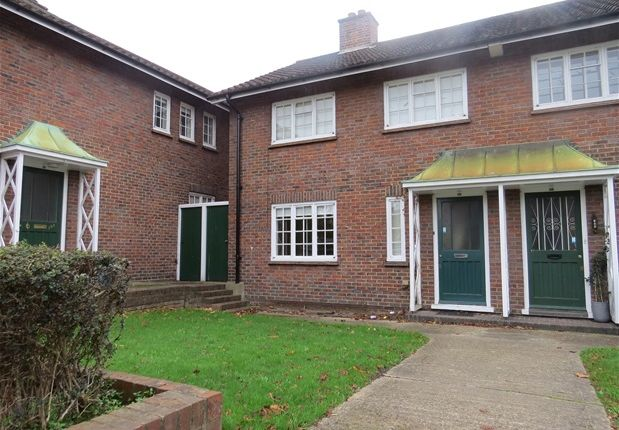 Thumbnail Property to rent in Park Hall Road, London