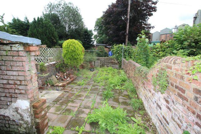 Picture No. 10 of Chorley Road, Walton-Le-Dale, Preston PR5