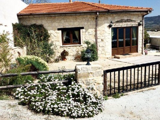 3 bed villa for sale in Trachypedoula, Paphos, Cyprus