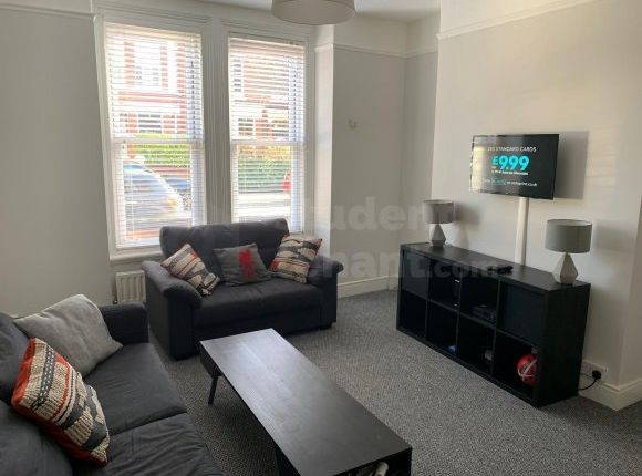 Thumbnail Shared accommodation to rent in Langdale Road, Liverpool, Merseyside