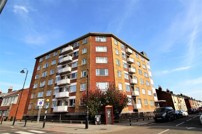 Thumbnail Flat to rent in Bramble Road, Southsea