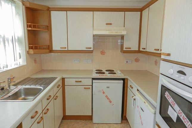 Kitchen of Brampton Court, Chichester PO19