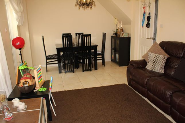 Thumbnail Property to rent in Waterhall Close, London