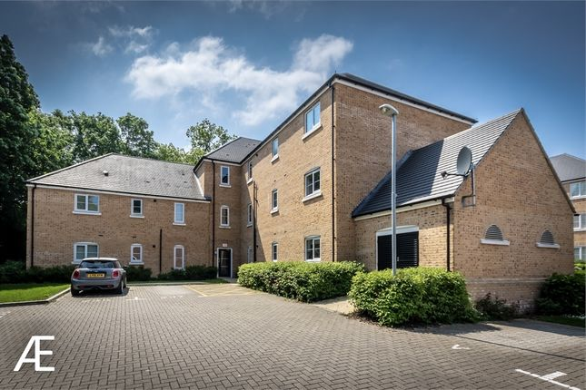 Thumbnail Flat to rent in 105 Waratah Drive, Chislehurst, Kent