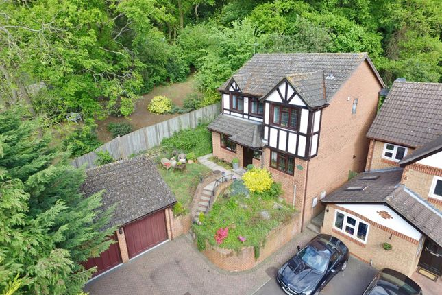 Thumbnail Detached house for sale in Fenswood Close, Bexley