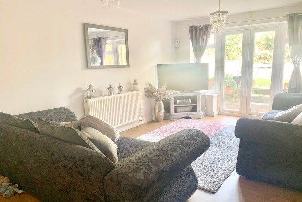 4 bed semi-detached house to rent in Southdale Road, Nottingham NG4