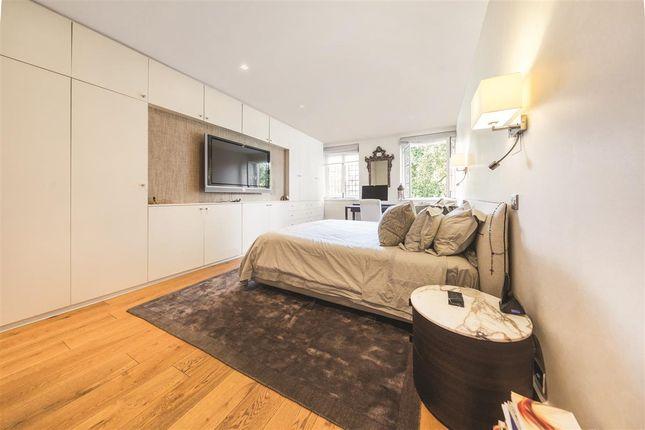 Second Bedroom of Collingham Gardens, London SW5