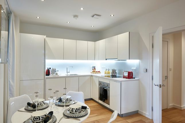 Thumbnail Flat for sale in 164 Green Lanes, Hackney, London