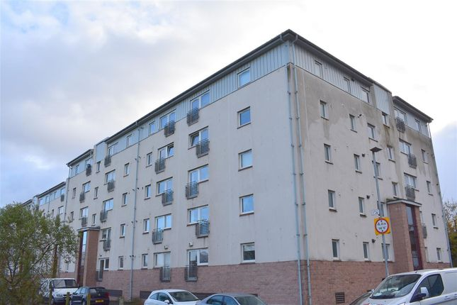 2 bed flat to rent in Curle Street, Glasgow