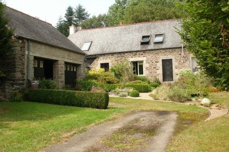 4 bed property for sale in Bourbriac, Côtes-D'armor, France