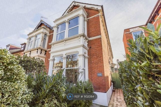 4 bed semi-detached house to rent in Stubbington Avenue, Portsmouth PO2