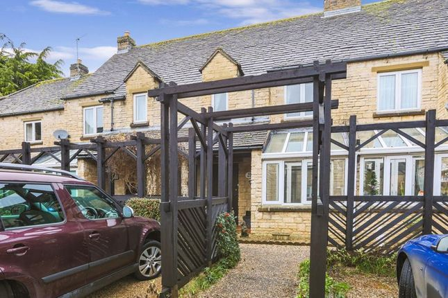 Thumbnail Cottage for sale in St Mary's Mead, Witney