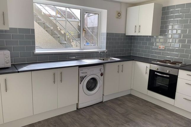 1 bed flat to rent in Bailey Street, Brynmawr NP23