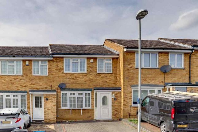 Thumbnail Terraced house to rent in Chantry Road, West Ewell, Epsom