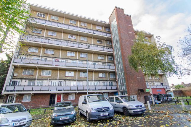 Thumbnail Maisonette for sale in Wadham House, College Close, London
