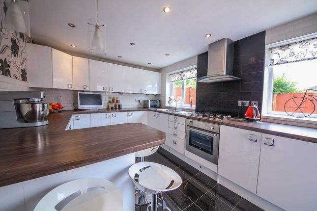 Thumbnail Semi-detached house to rent in Higher Gate Road, Accrington