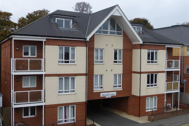 1 bed flat to rent in Coulsdon Road, Caterham