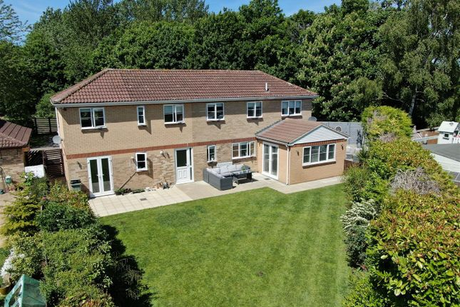 Thumbnail Detached house for sale in Lambourn Court, Emerson Valley, Milton Keynes