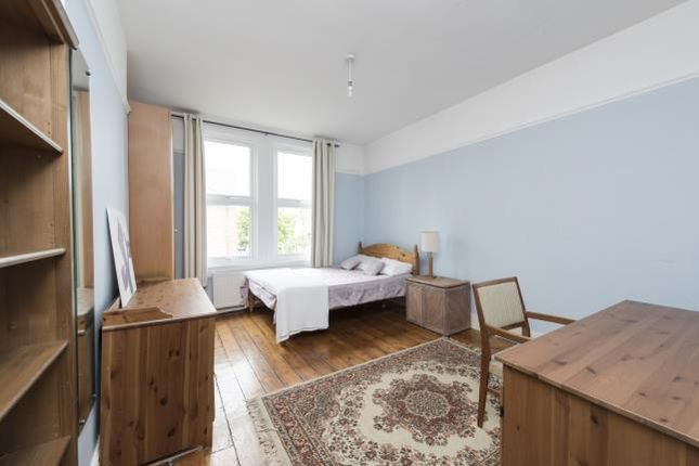 Thumbnail Flat to rent in Poynders Road, London