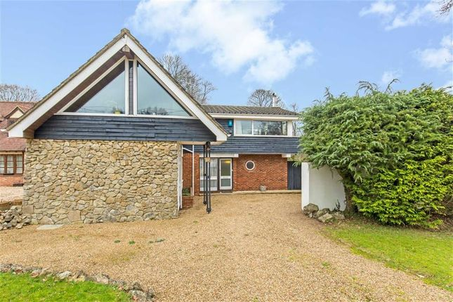 Thumbnail Detached house to rent in Willow Walk, Culverstone, Kent