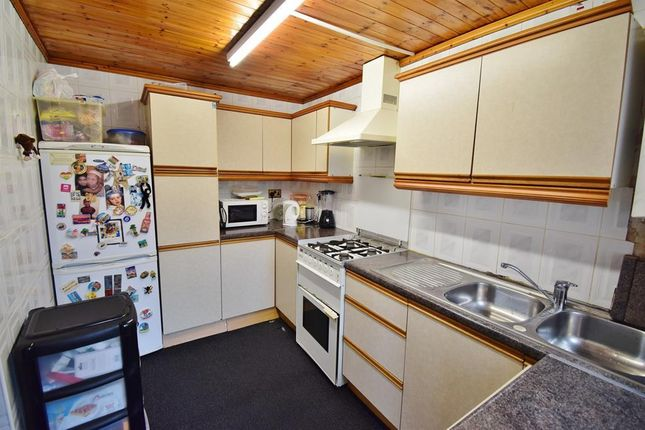 Kitchen of Park Lane, Middlesbrough TS1