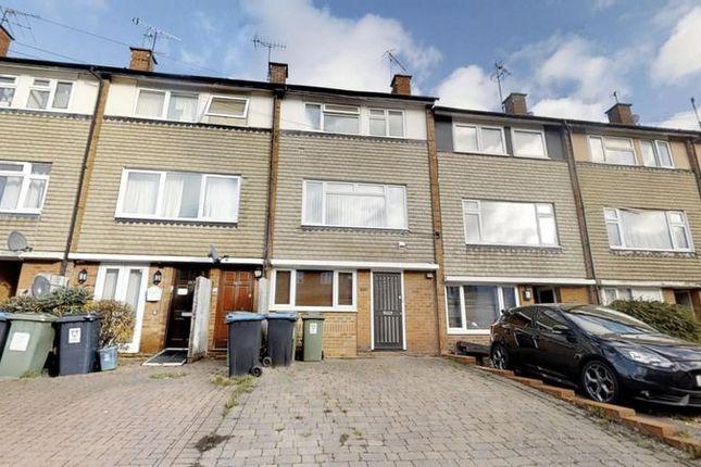Thumbnail Duplex to rent in Ebberns Road, Hemel Hempstead