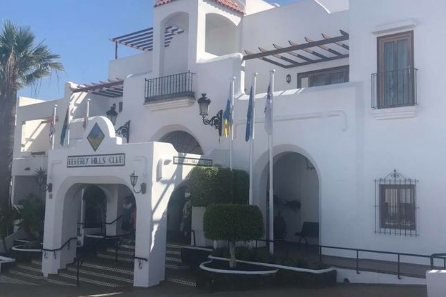 Studio for sale in Residencial Beverly Hills, Calle Rodeo, Los Cristianos, Arona, Tenerife, Canary Islands, Spain