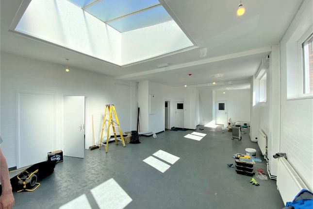 Thumbnail Office to let in Station Parade, Uxbridge Road, London