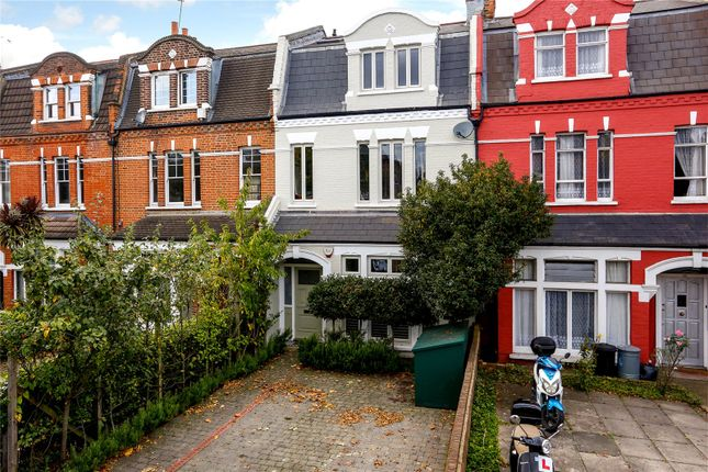 Thumbnail Terraced house for sale in Earlsfield Road, London