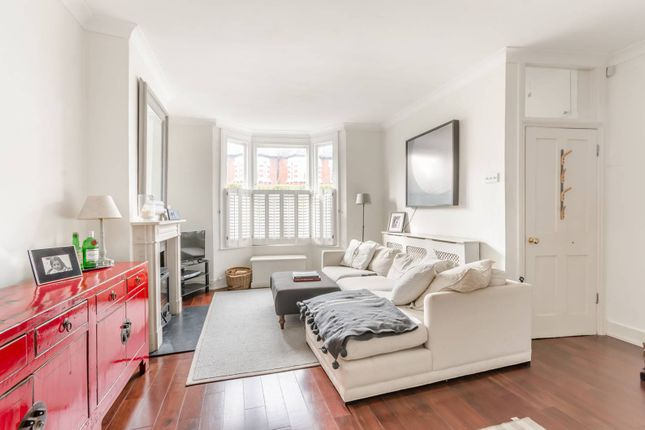 Thumbnail Property to rent in Winfrith Road, Earlsfield