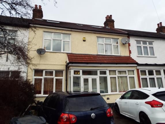 Thumbnail Property for sale in Redbridge, Ilford, Essex
