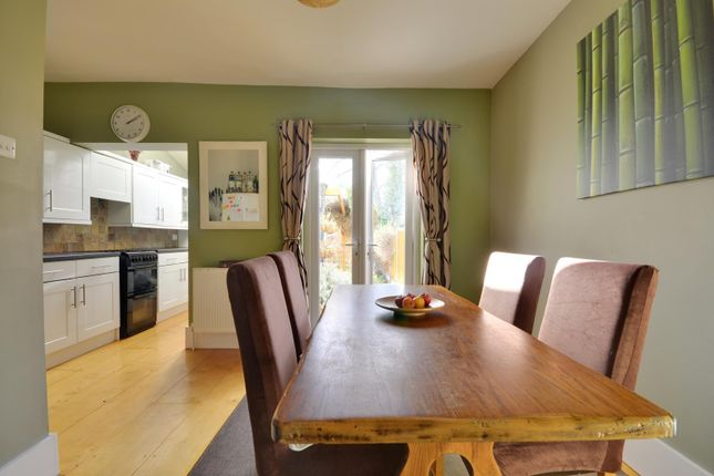 3 bed terraced house to rent in Bentinck Road, West Drayton, Middlesex