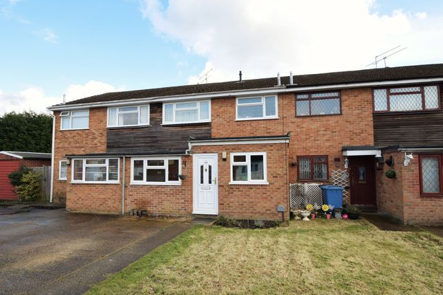 Thumbnail Terraced house for sale in Clanfield Ride, Blackwater, Camberley