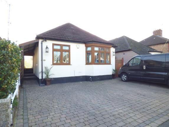 Thumbnail Detached house for sale in Gordon Avenue, Hornchurch