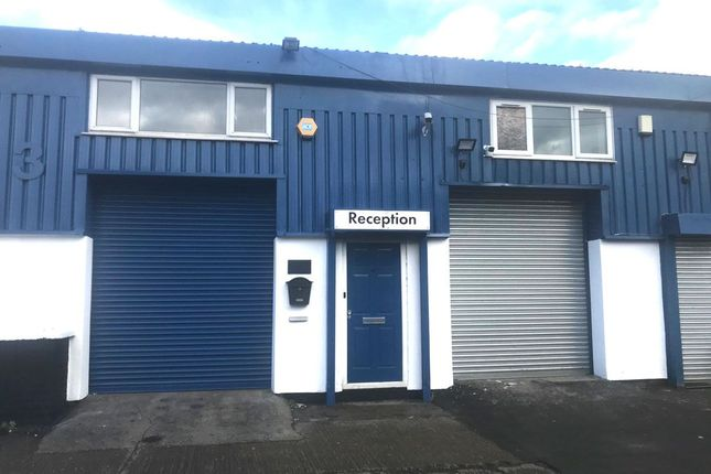 Thumbnail Office to let in Cromwell Centre, Thames Road, Unit 3